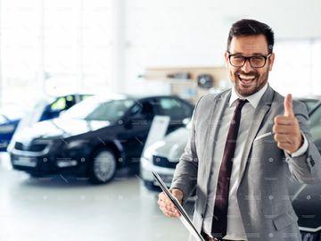 Dealerii auto se adaptează pentru COVID-19 - toții dealerii au devenit mai eficienți și au găsit metode inovative